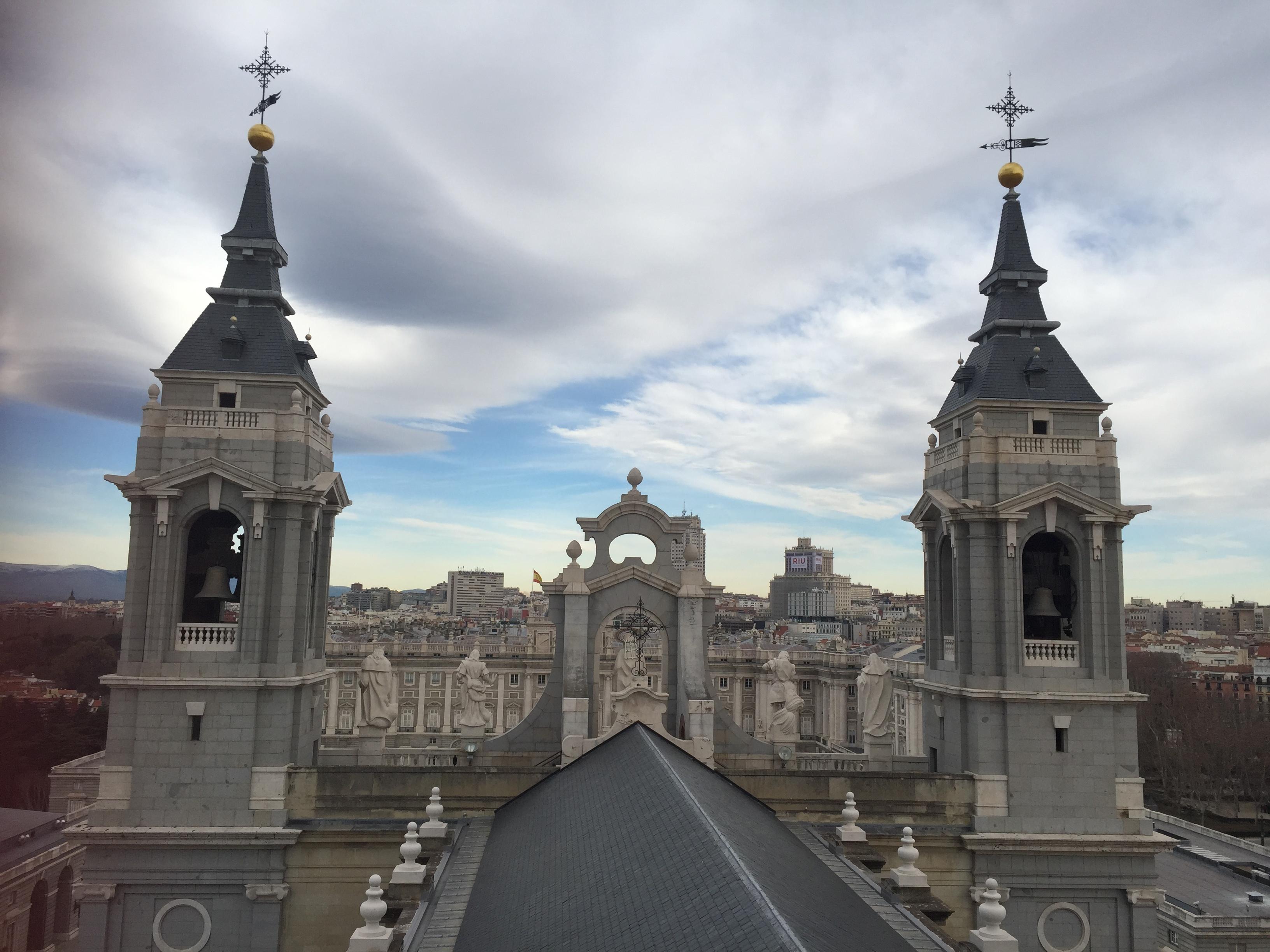 Historia, descripción y curiosidades de la Catedral de la Almudena de Madrid